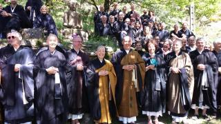 Maitre Kosen et les taiko de la Kosen Sangha : Maitre Kosen Barabra, Maitre Yvon Beck...