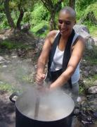 Guen maï using pressure cooking to make the soup of Zen monks.