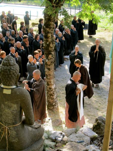 Cérémonie de la Gen Maï au temple zen Yujo Nyusanji