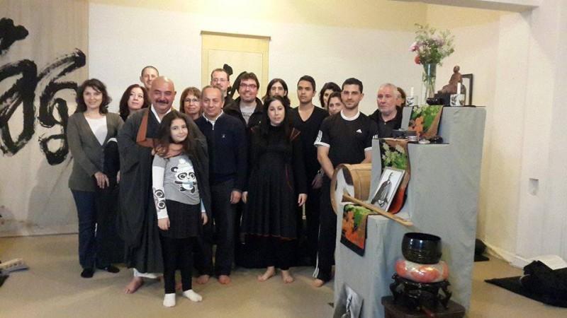 Dojo Zen de Buenos Aires, grupo de asistentes al curso de introduccion y monjes Nancy y Toshiro