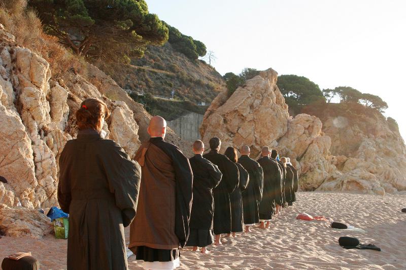 Dojo Zen de Barcelona Kinhin playa