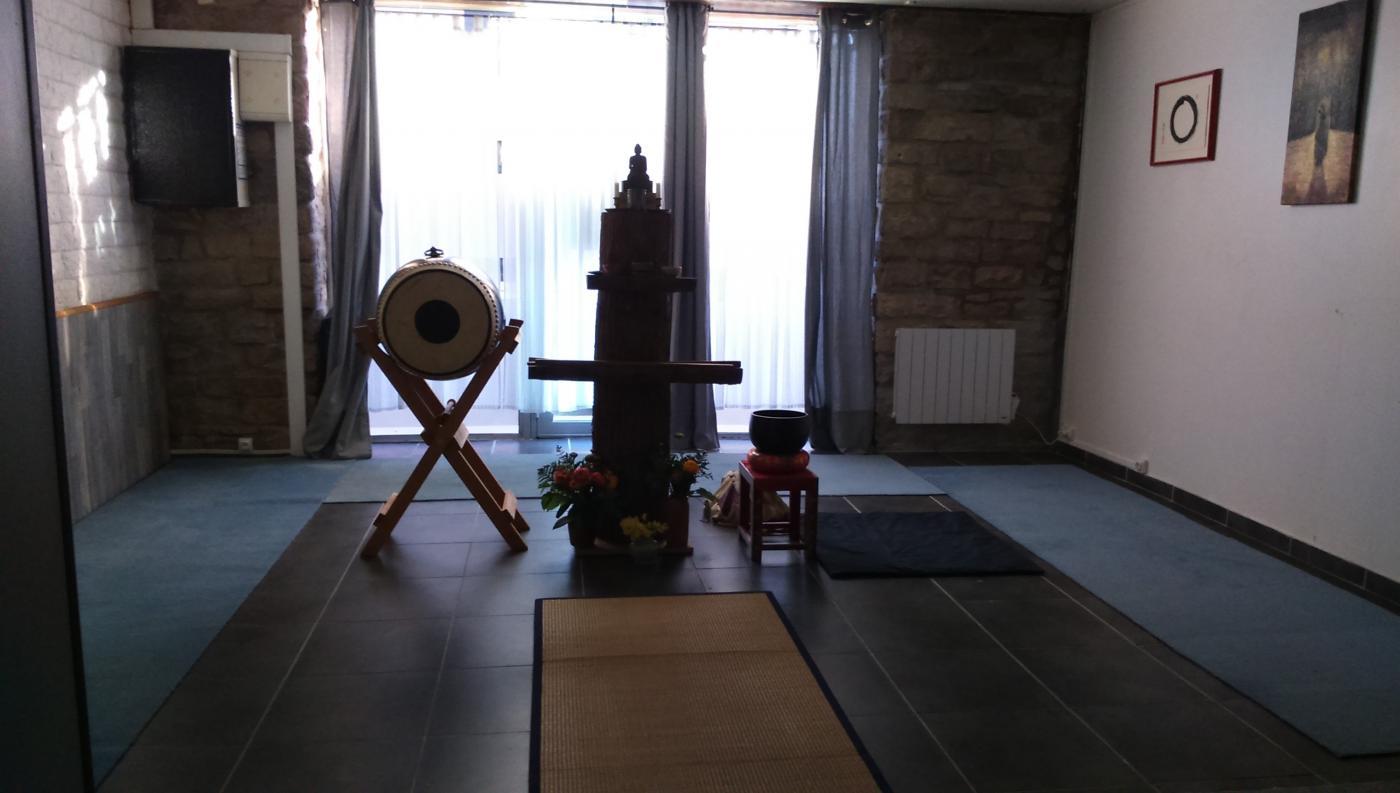 Dojo zen de Dijon : l'autel