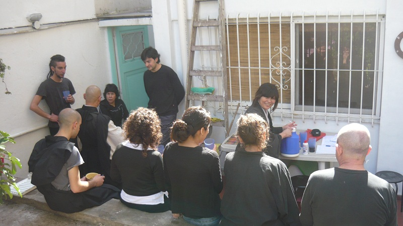 Dojo Caballito - cafe en el jardin