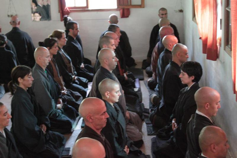 La concentration durante el zazen, en el  dojo de shobogenji, argentine, kosen sangha