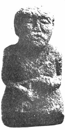 characters sculpted in the 11th century A.C., in the Fermanagh County, in Ireland, of which the position of the head, the chin pulled back, and the position of the hands evoked evidently zazen