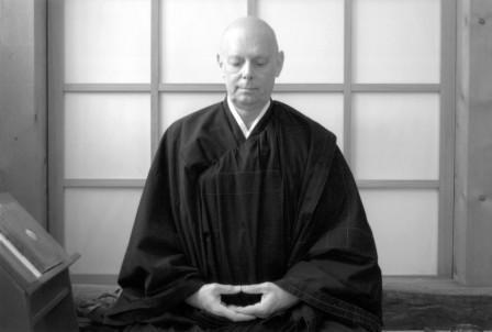 Master Keisen Vuillemin practicing zazen